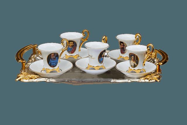 Zestawy filiżanek porcelanowych